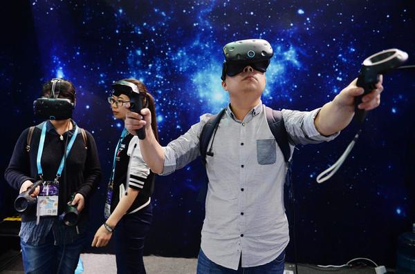 中国VR市场有望达85亿美元 BAT想走折中路线