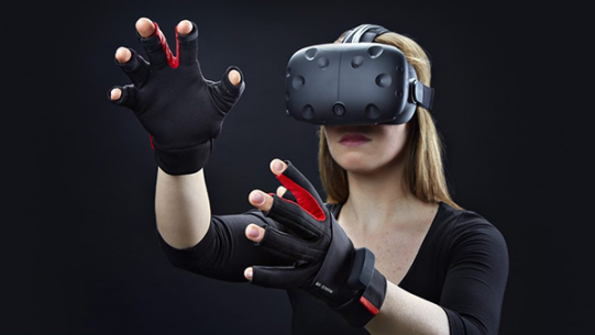 manus-vr-gloves-10