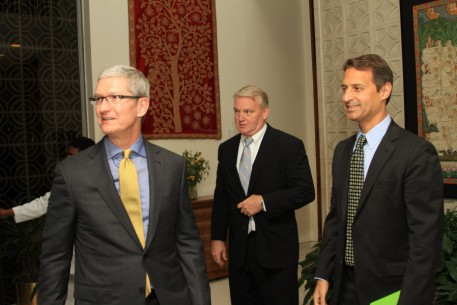 Tim-Cook-052016-US-Embassy-New-Delhi-Flickr-930x620