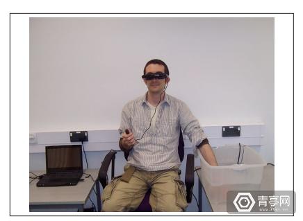科学家正研究用VR设备来减轻看牙医的痛苦