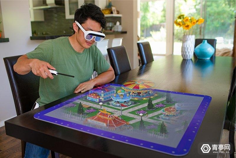 Tilt Five创始人:桌游AR眼镜即将众筹,12月发货