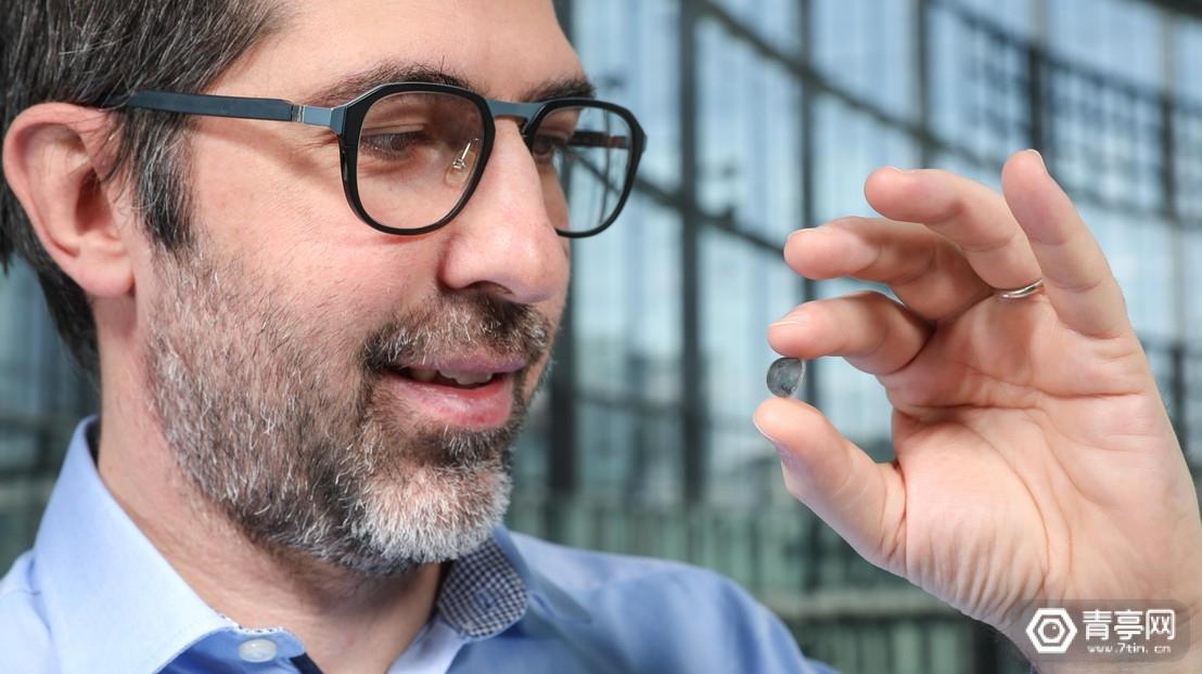 基于新型光电材料,EPFL带来无线人造视网膜方案